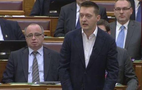 Rogan_parlament2_3