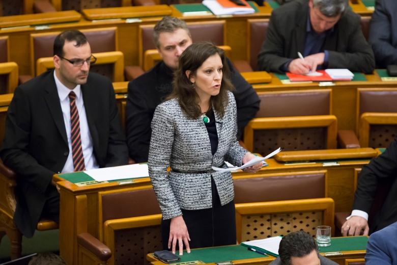Parlamenti ülésnap 2015 március 30.-án