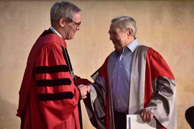 Soros György Budapesten részt vett a Közép-európai Egyetem (CEU) új rektorának beiktatásán